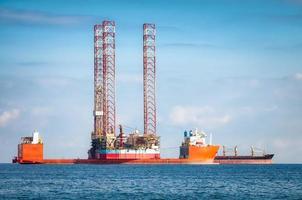 Semi-submersible oil rig vessel photo