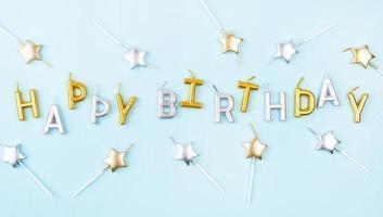 velas de feliz cumpleaños foto