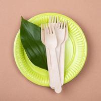 concepto de vajilla biodegradable