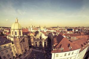 Praga, República Checa 2018-- plaza krizovnicke namesti al atardecer