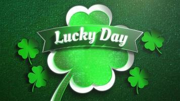 Animation Nahaufnahme Glückstag Text und Bewegung große grüne Kleeblätter auf Saint Patrick Day Muster Hintergrund video