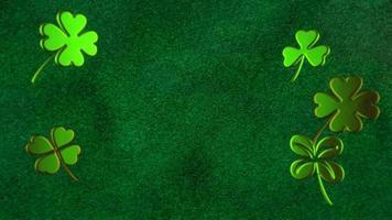 animação movimento pequenos trevos verdes no fundo brilhante do dia de São Patrício