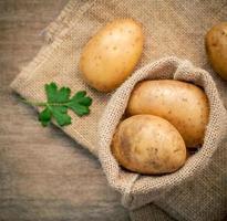 saco de patatas vista superior foto