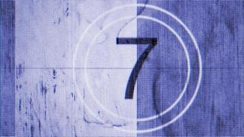 bewegungsblauer Retro-Film-Countdown, abstrakter Hintergrund im Stil der 80,90er Jahre
