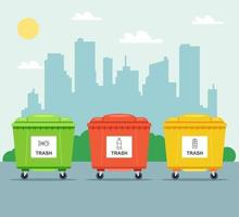 Contenedores multicolores para la recogida selectiva de basura en el fondo de la ciudad. ilustración vectorial plana. vector