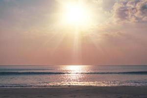 naturaleza tropical playa puesta de sol foto