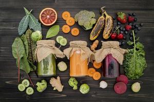 jugos de frutas y verduras foto