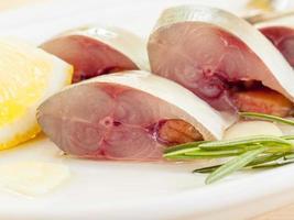 pescado mackeral en rodajas foto