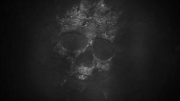 mystisk skräckbakgrund med mörk skalle. semester Halloween abstrakt bakgrund video