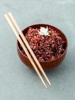 arroz de grano largo al vapor foto