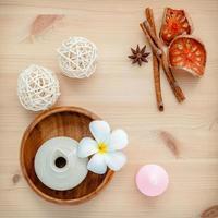 productos de spa a base de hierbas foto