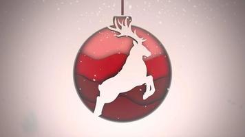 animado close-up de flocos de neve brancos e bolas vermelhas em fundo escuro video