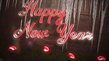closeup animado texto de feliz ano novo, bolas vermelhas e pingentes de gelo no fundo de madeira