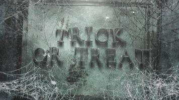 animatietekst trick or treat en mystieke horror achtergrond met donker spinnenweb