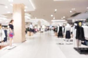 Interior del centro comercial desenfocado abstracto para el fondo foto