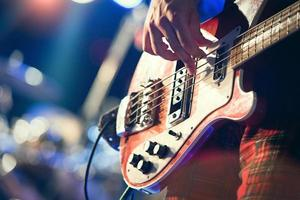 Bass pop music player photo