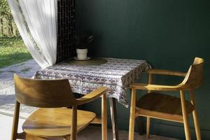 muebles de interior de cafetería moderna foto