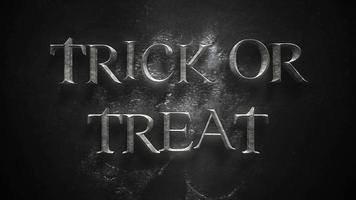 animação de texto doçura ou travessura em fundo de terror místico com caveira escura
