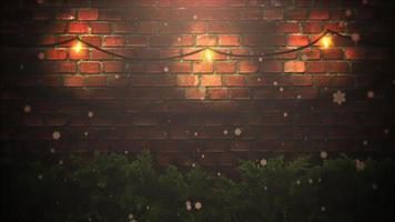 closeup animado abstrato bokeh e galhos de árvores verdes de natal em fundo de tijolos