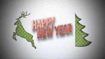 Primer plano animado texto de feliz año nuevo, árbol de navidad verde y ciervos sobre fondo de nieve