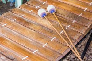 equipo musical tailandés gamelan, mahori o gamelan foto