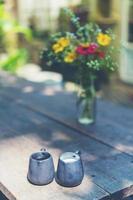 leche y almíbar con flores foto