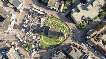 praça principal com o mercado tradicional, no norte da Holanda, holanda - vista panorâmica rotativa video