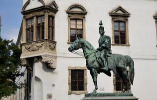 Estatua en homenaje a Andras Hadik en el distrito del castillo de Buda, Budapest