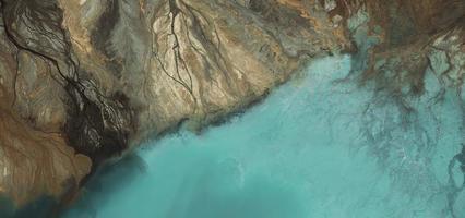 Vista aérea de un estanque de cenizas en Polonia foto