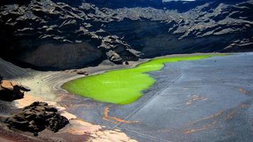 lago verde en lanzarote foto