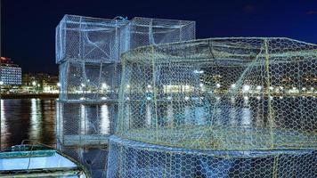 redes de pesca en la playa de las canteras foto