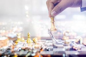 Concepto de estrategia, planificación y competición de ajedrez. foto