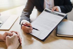 presentar al cliente antes de firmar un contrato foto