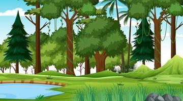 Escena de la naturaleza del bosque con estanque y muchos árboles durante el día. vector