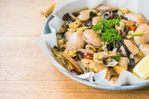 Fried clams with white wine photo