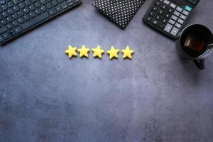 revisión de cinco estrellas foto