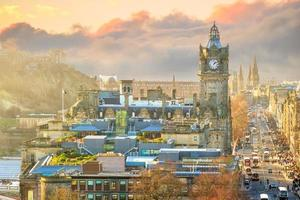 Old town Edinburgh and Edinburgh castle photo
