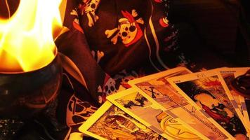 cartas de tarot mágicas lectura de la fortuna y fuego video
