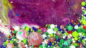 esferas de tinta colorida em óleo