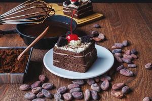 concepto de hornear pastel de chocolate foto