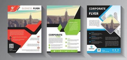 diseño de folletos, diseño moderno de portada, informe anual, póster, folleto en a4 con conjunto de triángulos de colores vector