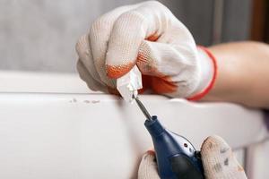 reparar una superficie pintada foto