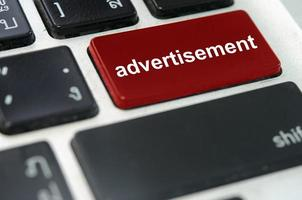 botón de teclado de publicidad foto