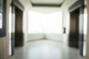 Interior del hotel borroso abstracto para el fondo foto