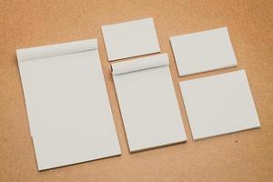 maqueta de papel blanco foto