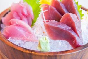 pescado sashimi crudo fresco