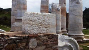 Templo de Artemisa en Sardes Lydia, antigua ciudad histórica en Turquía Salihli video