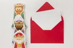 Royalty biscuit edible figurines