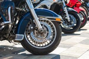 ruedas de motocicleta chopper foto