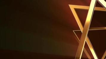 triangles dorés abstraits tournant sur un fond clair doré étincelant